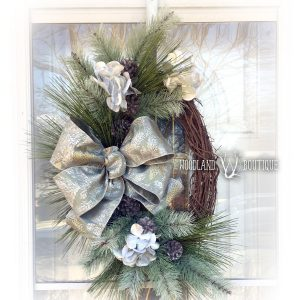 Frosty Pine Oval Wreath