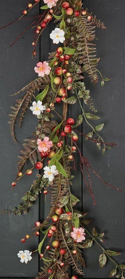 Raspberry Sorbet Garland