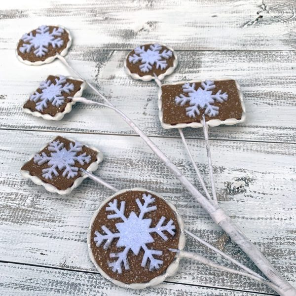 Snowflake Gingerbread Cookie Spray - 29""