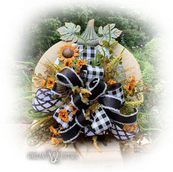 Buffalo Plaid Pumpkin Easel