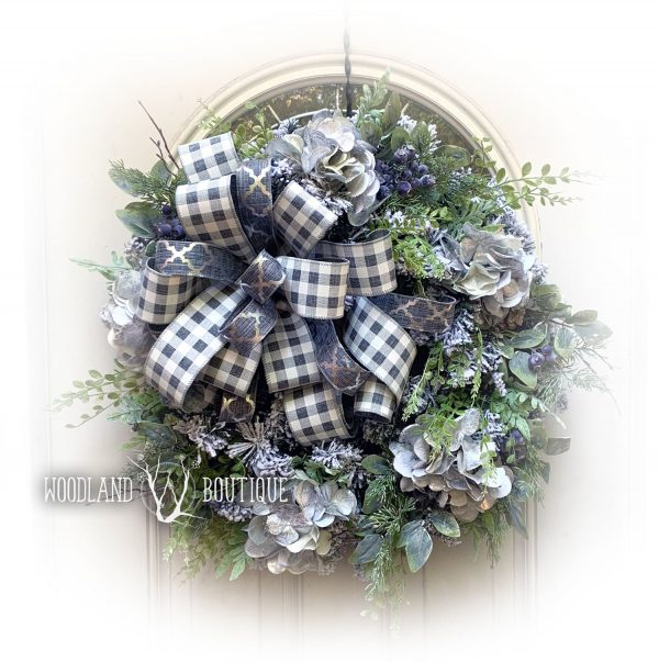 Blueberries in Snow Wreath